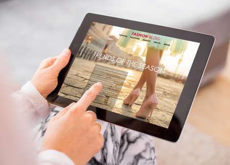 revista en una tablet