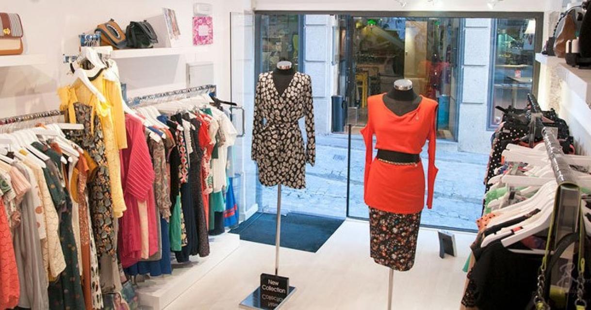 tienda de ropa elegante